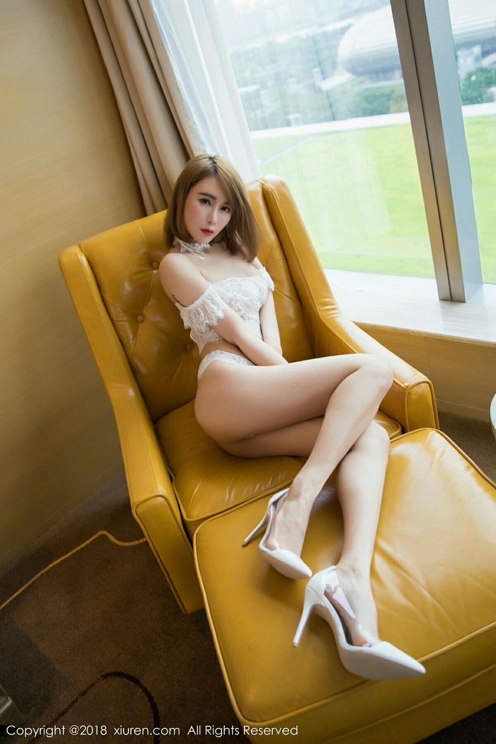 嫩模楚恬Olivia白色蕾丝内衣+浴室连体衣湿身诱惑无圣光写真58P