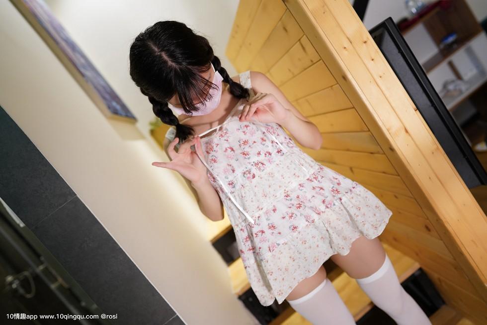 口罩系列NO花色连身裙美女居家性感内裤配白丝袜诱惑无圣光写真44P