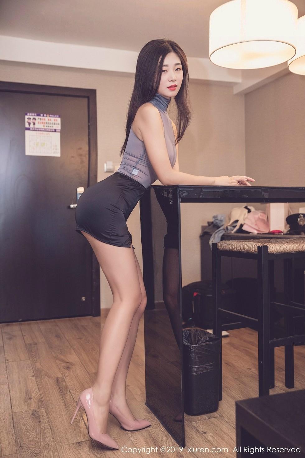 嫩模宋-Kiki私房透明灰色连体包裙秀傲人豪乳喷血诱惑无圣光写真41P