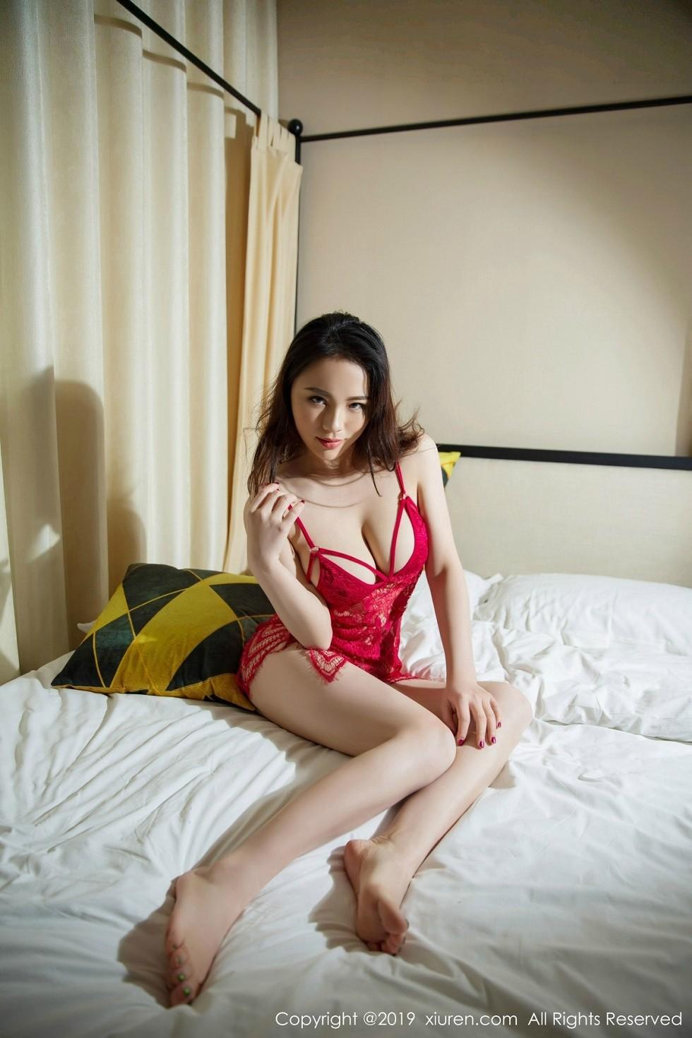 嫩模蕊蕊ruirui私房红色缕空情趣内衣秀完美身材惹火诱惑无圣光写真45P