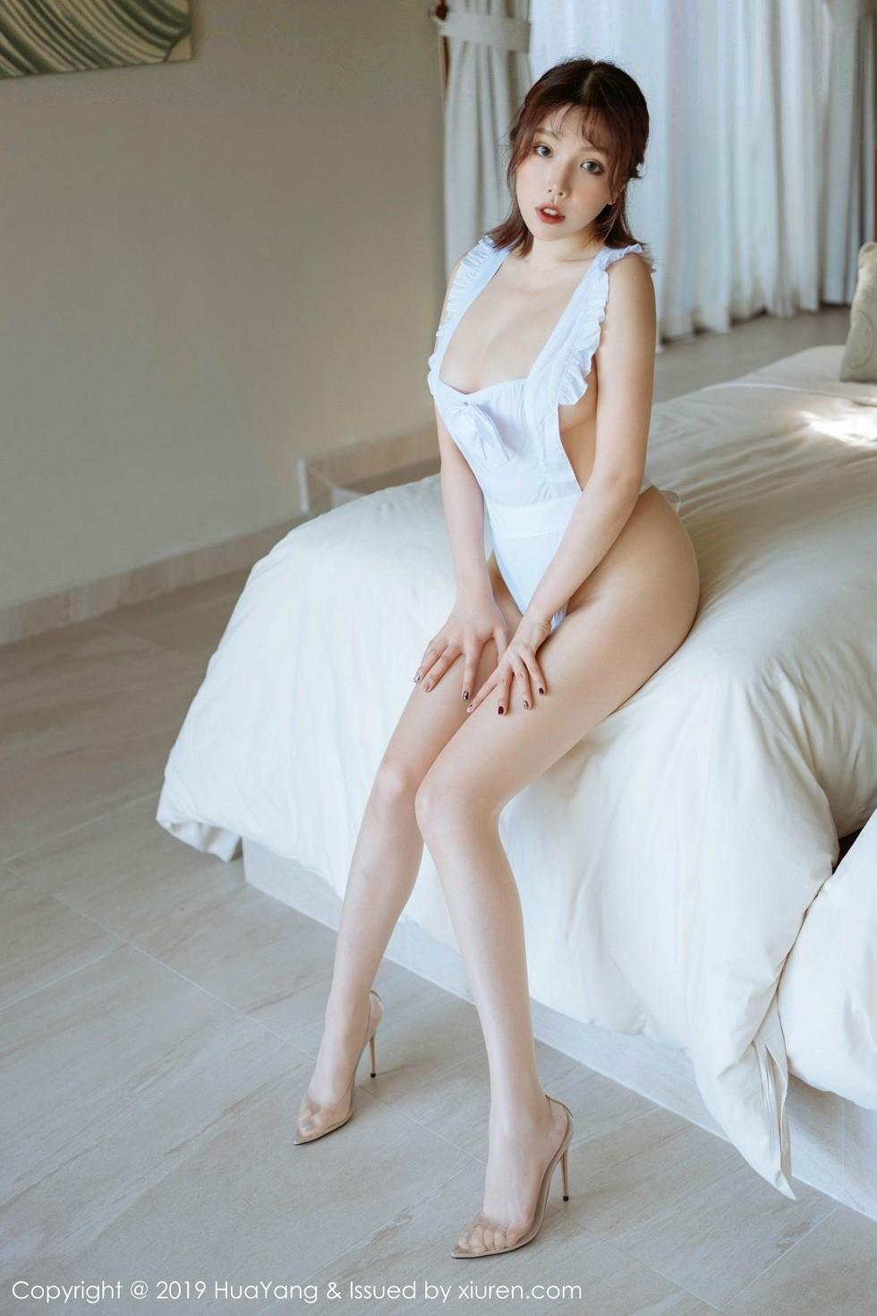 女神黄乐然富国岛旅拍白色女仆装真空露豪乳极致诱惑无圣光写真50P