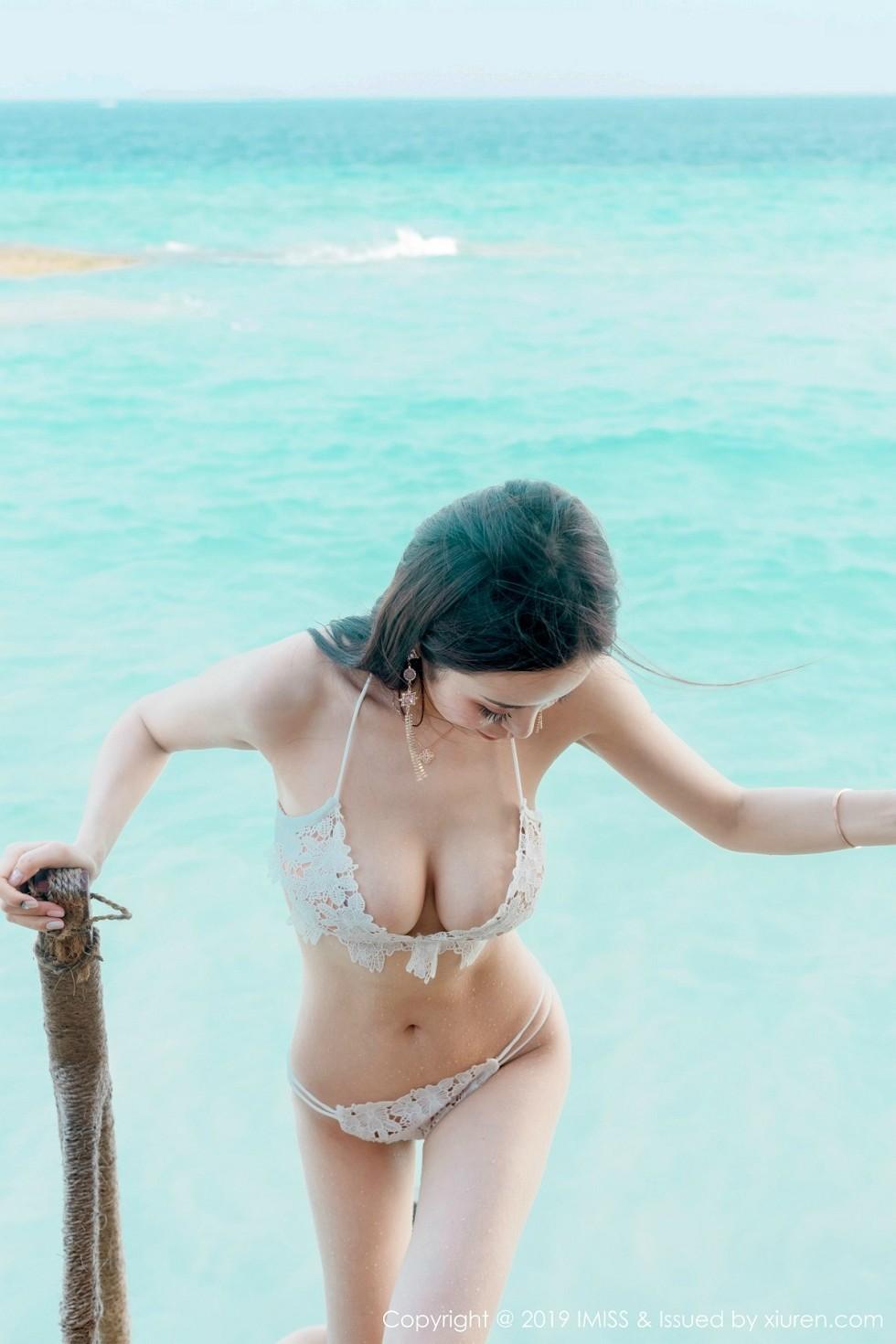 嫩模陈思琪Art马尔代夫旅拍沙滩边性感比基尼完美诱惑无圣光写真38P