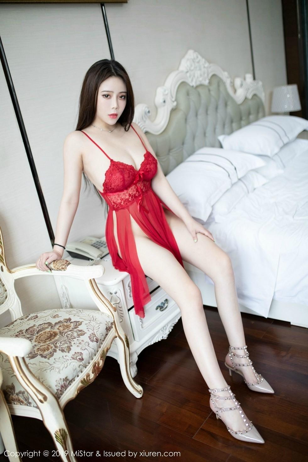 嫩模Miki兔私房红色薄纱内衣半脱露傲人豪乳极致诱惑无圣光写真30P