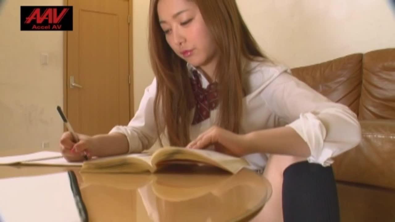 PTAV日本系列62 美女午夜福利盒子